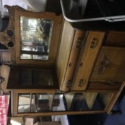 estate-auction-15158088443.jpg